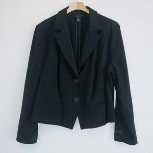 Lane Bryant black cropped blazer